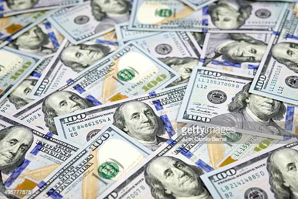 New one hundred dollar bills