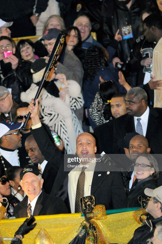 New Orleans Mayor <a gi-track='captionPersonalityLinkClicked' href=/galleries/search?phrase=Ray+Nagin&family=editorial&specificpeople=553893 ng-click='$event.stopPropagation()'>Ray Nagin</a> holds up the 'bring the wood' bat during the New Orleans Saints Super Bowl XLIV victory parade on St. Charles Avenue February 9, 2010 in New Orleans, Louisiana.