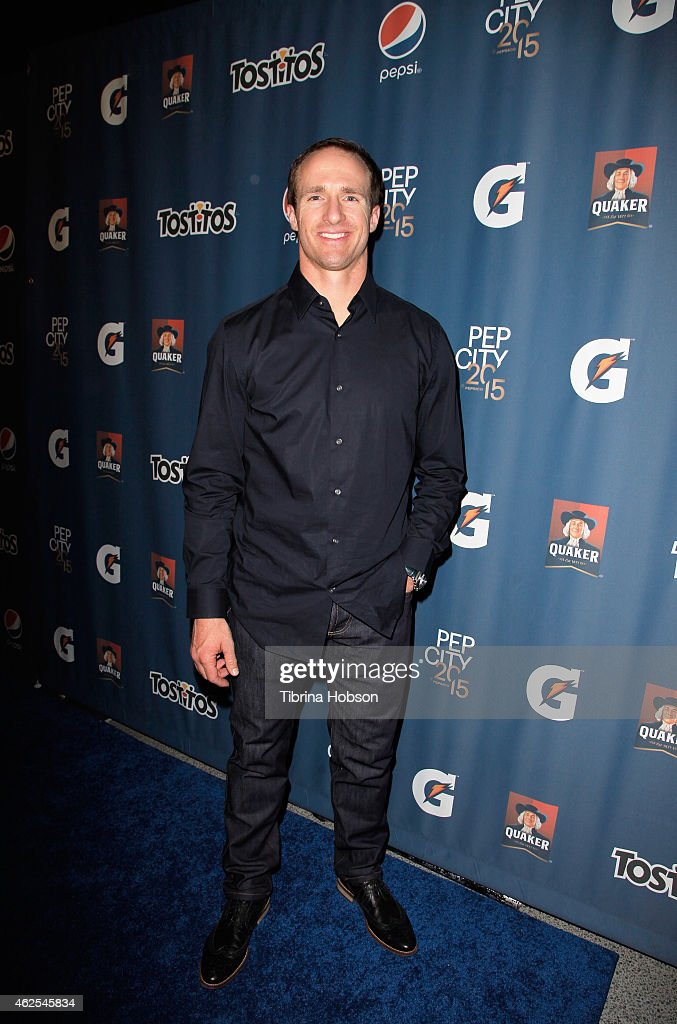 New Orleans Saints quarterback <a gi-track='captionPersonalityLinkClicked' href=/galleries/search?phrase=Drew+Brees&family=editorial&specificpeople=202562 ng-click='$event.stopPropagation()'>Drew Brees</a> attends the Pepsi Rookie of The Year Party at Phoenix Art Museum on January 30, 2015 in Phoenix, Arizona.