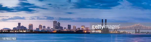 La Nouvelle-Orléans au coucher du soleil