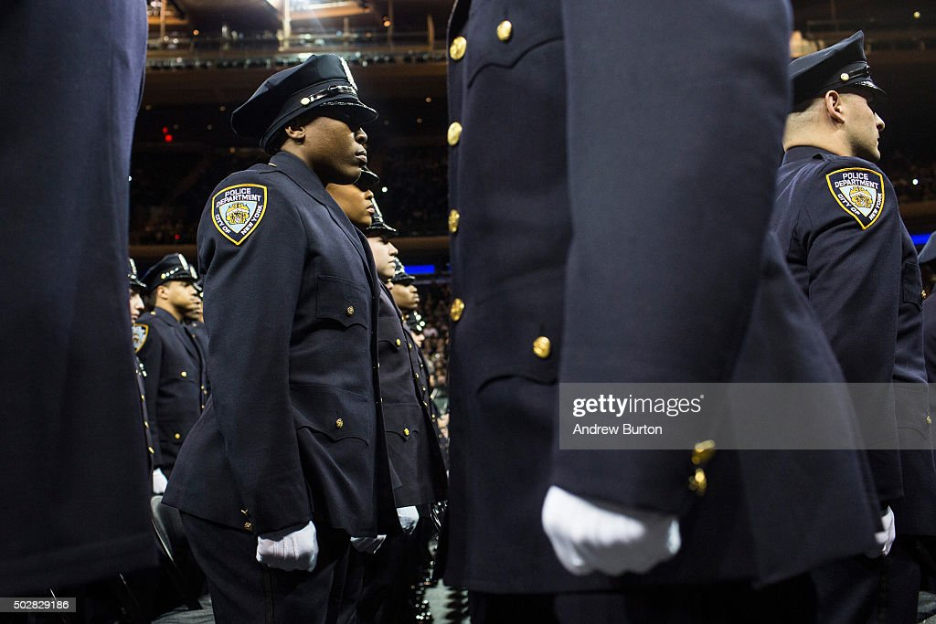 Homeland security chief jeh johnson addresses nypd academy - Garden city police department ny ...