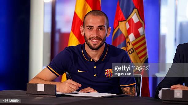 New signing Aleix Vidal signs for FC Barcelona at Nou Camp on June 8 2015 in Barcelona Spain