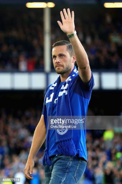 New signing Gylfi Sigurdsson of Everton is presented to the crowd before the UEFA Europa League Qualifying PlayOffs round first leg match between...