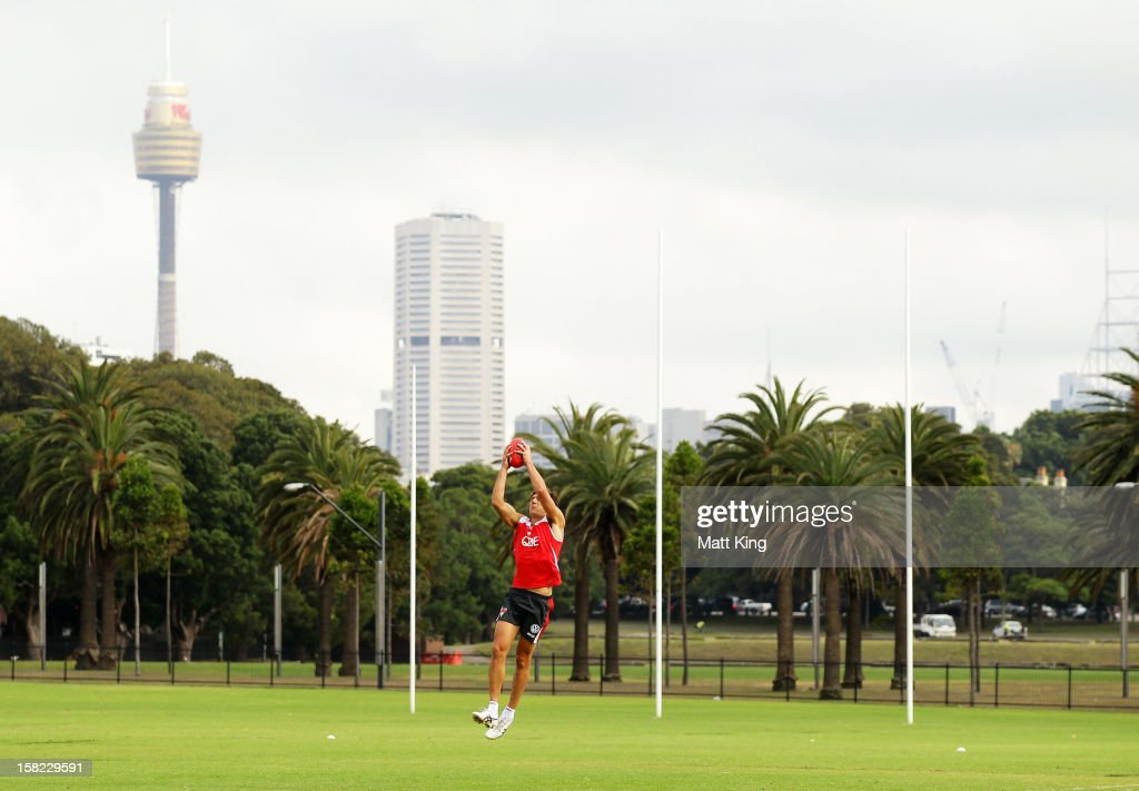 New Swans signing Kurt Tippett catches during a Sydney Swans AFL training session at Moore Park on December 12, 2012 in Sydney, Australia.