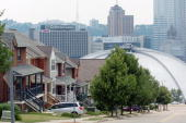 New townhouses sit along Webster Avenue near the Mellon Area in downtown Pittsburgh Pennsylvania Friday July 21 2006 Pittsburgh colleges are...