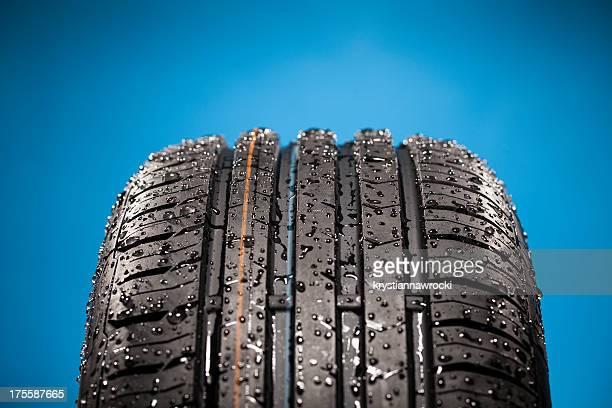 New wet tire