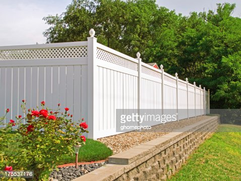 New White vinyl fence