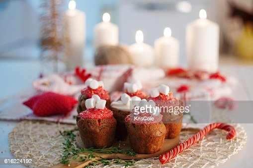 New Year celebration cupcakes, chocolate muffins on table : Bildbanksbilder