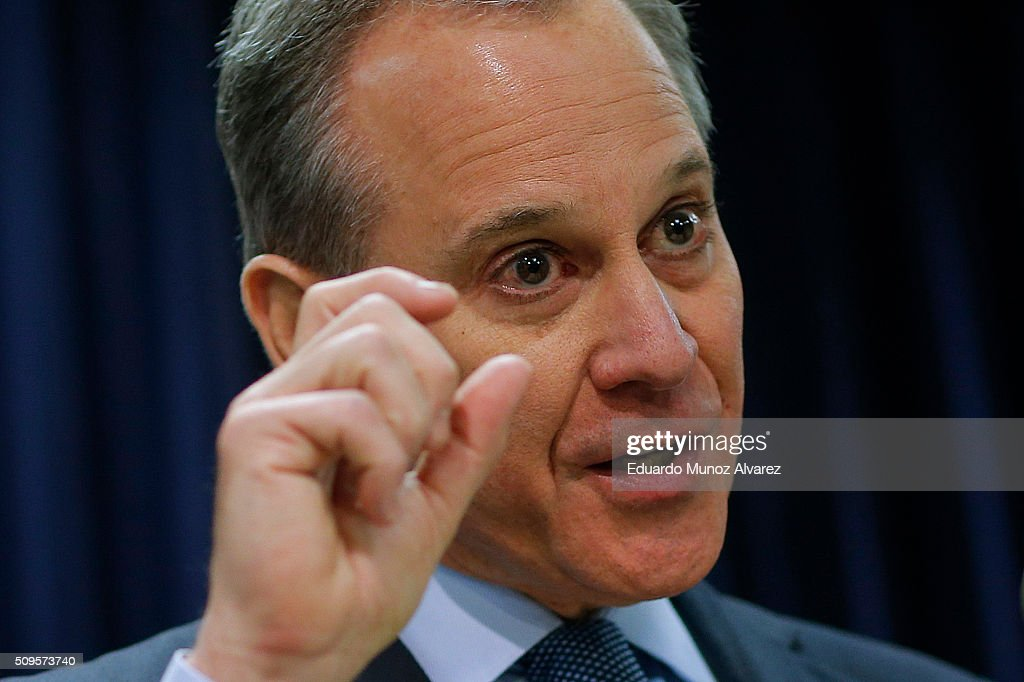 New York Attorney General Eric Schneiderman speaks at a news conference to announce enforcement action against Morgan Stanley on February 11, 2016 in New York City. New York Attorney Schneiderman announced Morgan Stanley will pay a $3.2 billion settlement over the bank's practices leading up to the financial crisis.