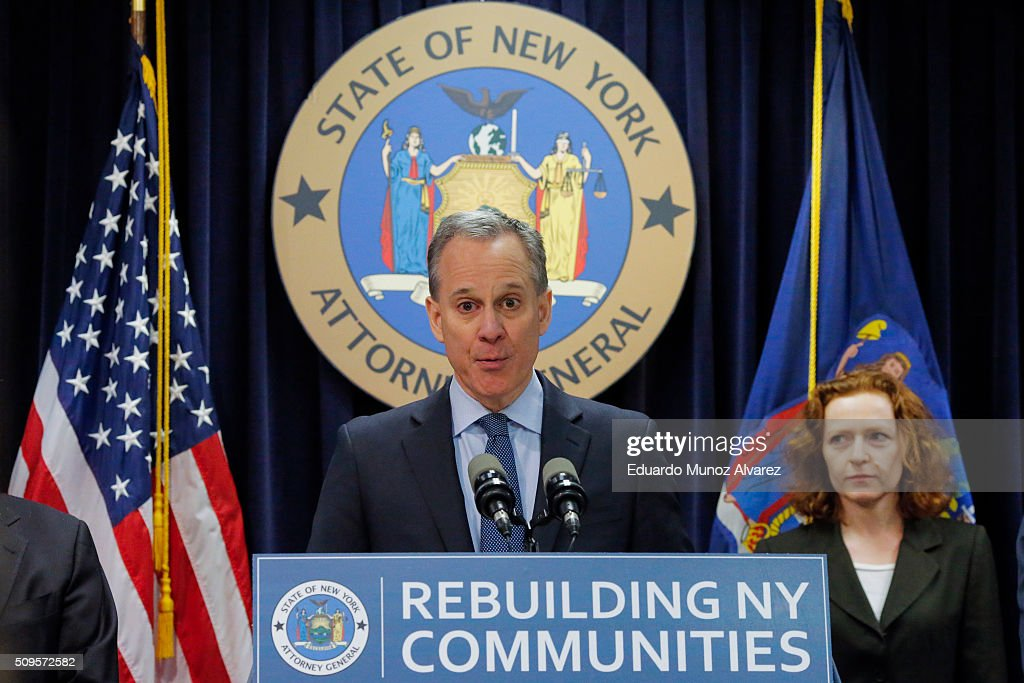 New York Attorney General Eric Schneiderman speaks at a news conference where he announced enforcement action against Morgan Stanley on February 11, 2016 in New York City. New York Attorney Schneiderman announced Morgan Stanley will pay a $3.2 billion settlement over the bank's practices leading up to the financial crisis.