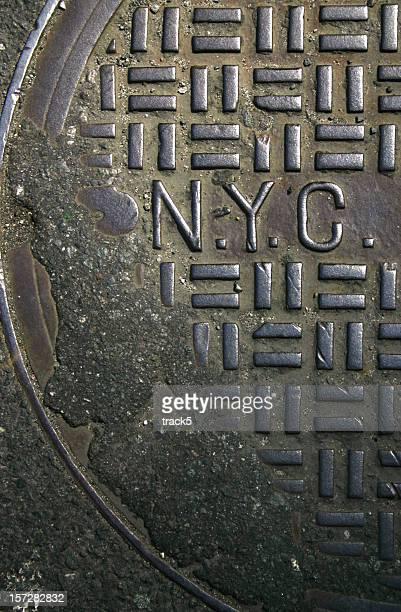 New York City Einsteigloch cover, grau Hintergrund Textur