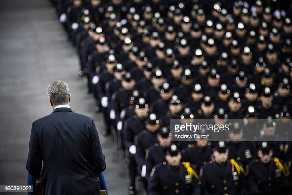 Bill De Blasio Addresses Nypd Graduates At Ceremony At Madison Square Garden Photos And Images