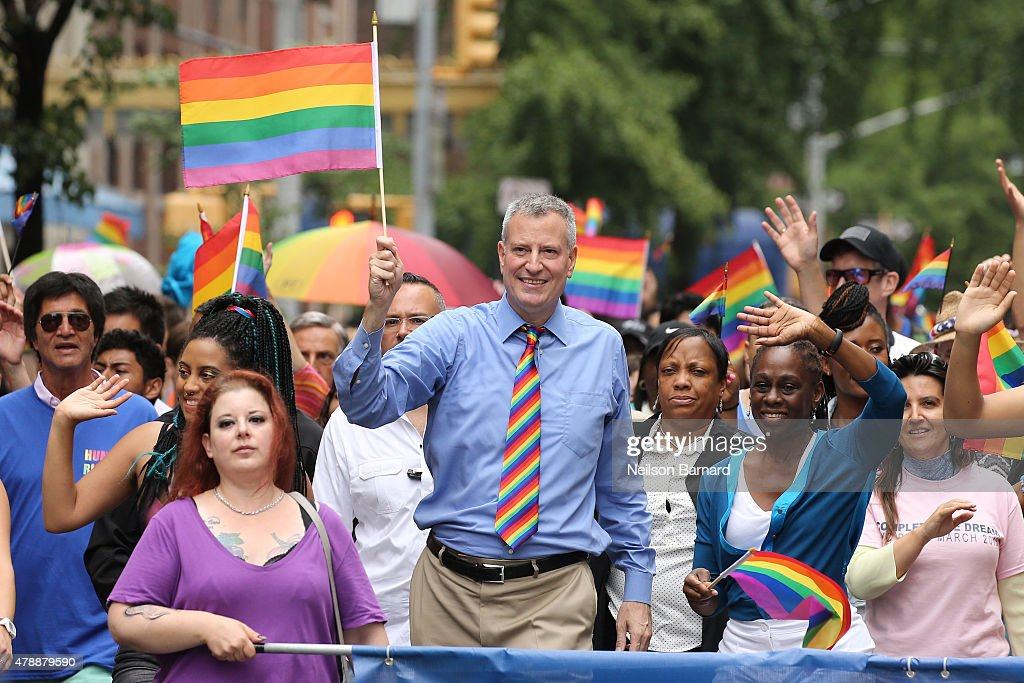 New York City Mayor, <a gi-track='captionPersonalityLinkClicked' href=/galleries/search?phrase=Bill+de+Blasio&family=editorial&specificpeople=6224514 ng-click='$event.stopPropagation()'>Bill de Blasio</a> takes part in the 2015 New York City Pride march on June 28, 2015 in New York City.