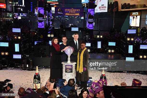 New York City Mayor Bill de Blasio with wife Chirlane McCray and friends ring in 2016 with Moet Chandon the official champagne of Times Square New...