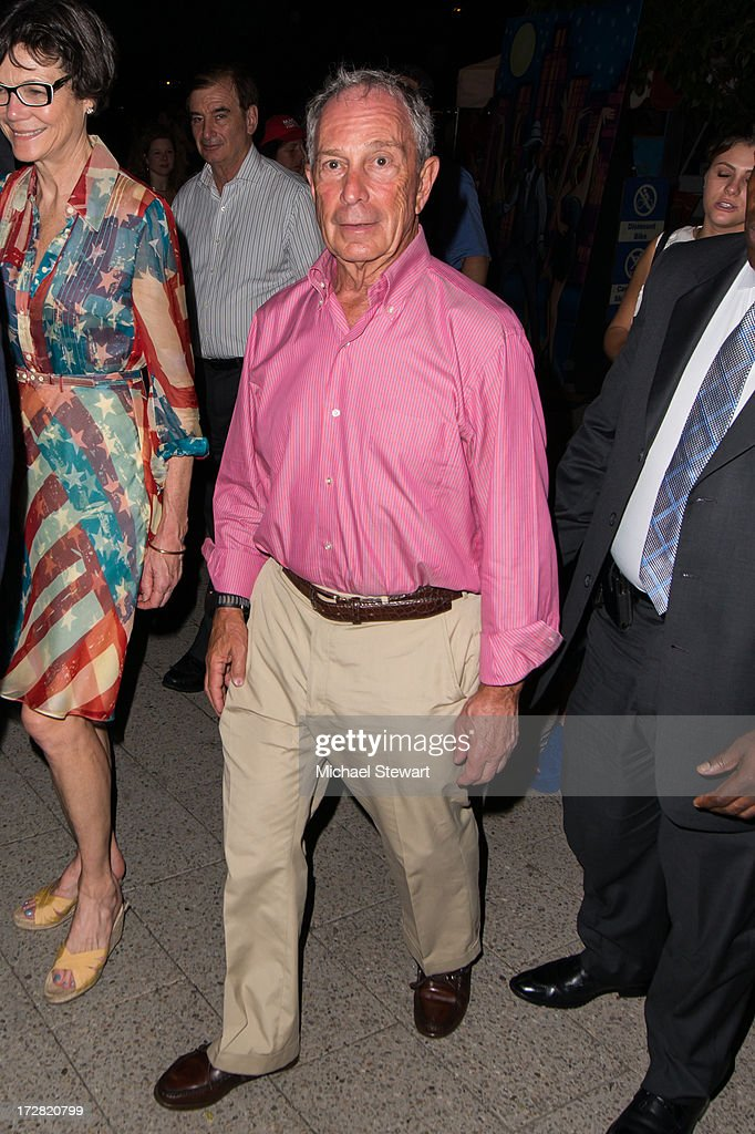 New York City Mayor <a gi-track='captionPersonalityLinkClicked' href=/galleries/search?phrase=Michael+Bloomberg&family=editorial&specificpeople=171685 ng-click='$event.stopPropagation()'>Michael Bloomberg</a> attends the 37th annual Macy's 4th of July Fireworks over the Hudson River on July 4, 2013 in New York City.