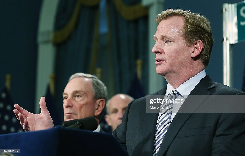 New York City Mayor Michael Bloomberg (L) looks on as National Football League (NFL) Commissioner <a gi-track='captionPersonalityLinkClicked' href=/galleries/search?phrase=Roger+Goodell&family=editorial&specificpeople=744758 ng-click='$event.stopPropagation()'>Roger Goodell</a> (R) speaks at a City Hall press conference announcing plans for Super Bowl XLVIII in the region on January 24, 2012 in New York City. The New York/New Jersey region's first Super Bowl will see the creation of a 'Super Bowl Boulevard' fan attraction along Broadway in midtown Manhattan.
