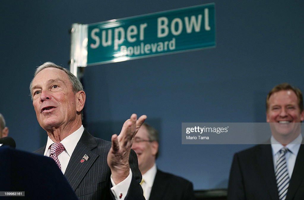 New York City Mayor <a gi-track='captionPersonalityLinkClicked' href=/galleries/search?phrase=Michael+Bloomberg&family=editorial&specificpeople=171685 ng-click='$event.stopPropagation()'>Michael Bloomberg</a> (L) speaks as National Football League (NFL) Commissioner <a gi-track='captionPersonalityLinkClicked' href=/galleries/search?phrase=Roger+Goodell&family=editorial&specificpeople=744758 ng-click='$event.stopPropagation()'>Roger Goodell</a> (R) looks on at a City Hall press conference announcing plans for Super Bowl XLVIII in the region on January 24, 2012 in New York City. The New York/New Jersey region's first Super Bowl will see the creation of a 'Super Bowl Boulevard' fan attraction along Broadway in midtown Manhattan.