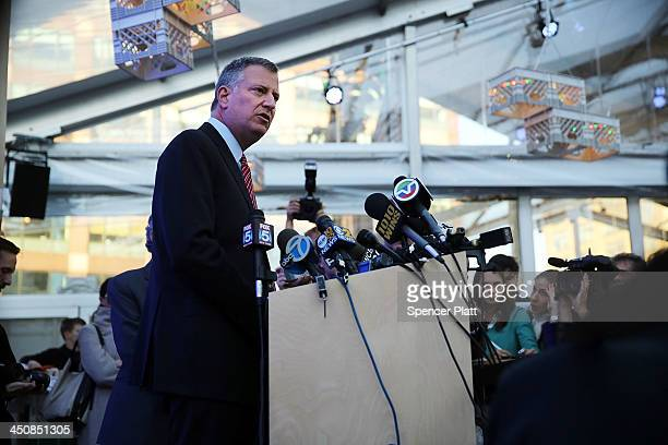 New York City Mayorelect Bill de Blasio speaks to the media at the site of the 'Talking Transition' project in lower Manhattan on November 20 2013 in...