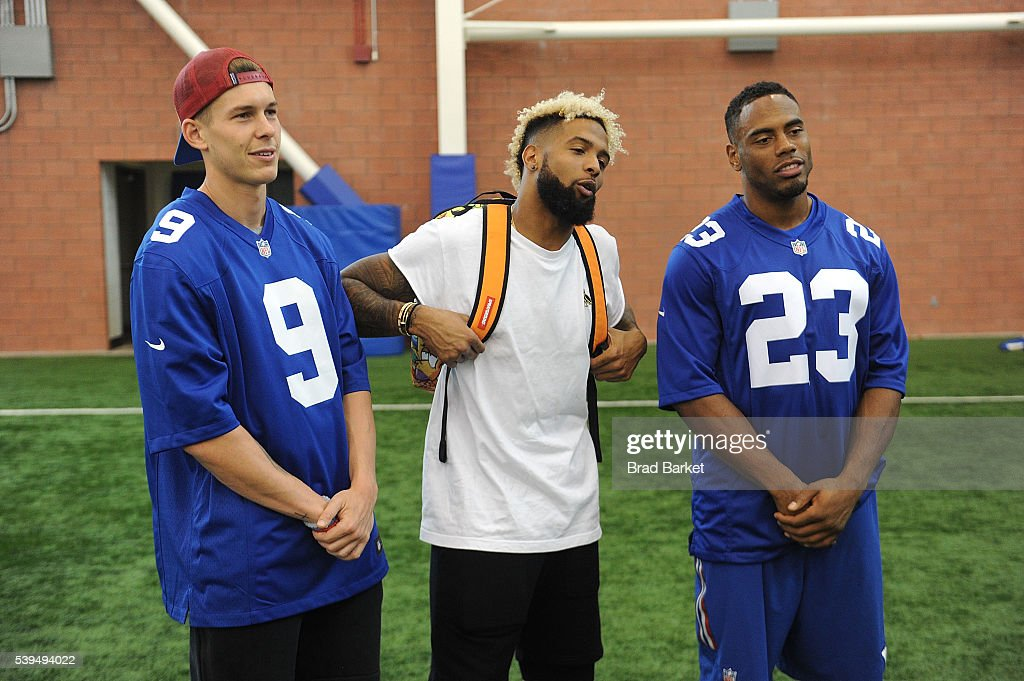 "Nickelodeon And The New York Giants Host Tryouts For The ""Triple Shot Challenge: Kids' Choice Sports $50,000 Perfect Pass Challenge"""