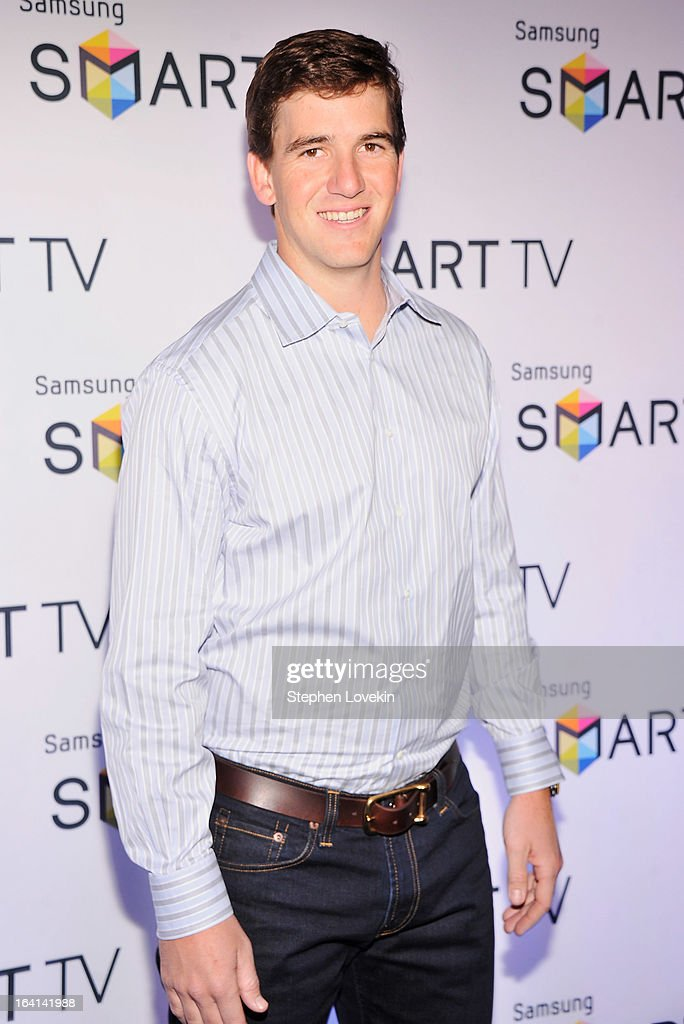 New York Giants Quarterback <a gi-track='captionPersonalityLinkClicked' href=/galleries/search?phrase=Eli+Manning&family=editorial&specificpeople=202013 ng-click='$event.stopPropagation()'>Eli Manning</a> attends Samsung's 2013 Television Line Launch Event at Museum Of American Finance on March 20, 2013 in New York City.