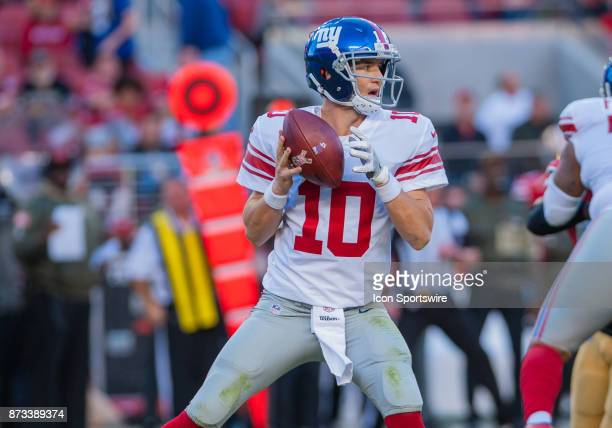 New York Giants quarterback Eli Manning gets set to throw a pass during the regular season game between the San Francisco 49ers and the New York...