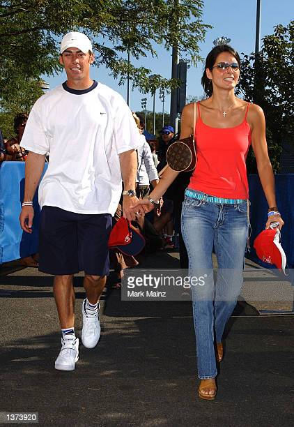 New York Giants quarterback Jason Seahorn and his wife actress Angie Harmon attend the 2002 US Open Mens Finals between Andre Agassi and Pete Sampras...