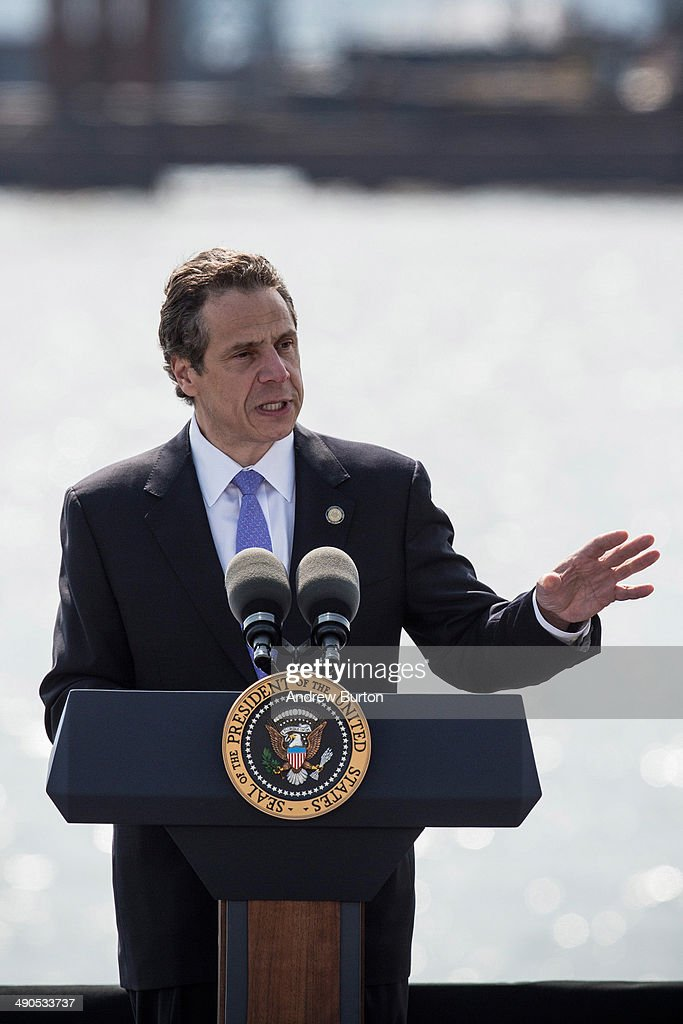 New York Governor <a gi-track='captionPersonalityLinkClicked' href=/galleries/search?phrase=Andrew+Cuomo&family=editorial&specificpeople=228332 ng-click='$event.stopPropagation()'>Andrew Cuomo</a> introduces U.S. President Barack Obama at the Washington Irving Boat Club on May 14, 2014 in Tarrytown, New York. Tomorrow President Obama will attend the opening of the National September 11 Memorial and Museum.