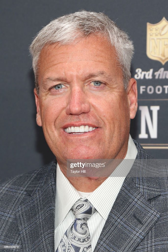 New York Jets coach <a gi-track='captionPersonalityLinkClicked' href=/galleries/search?phrase=Rex+Ryan&family=editorial&specificpeople=2358658 ng-click='$event.stopPropagation()'>Rex Ryan</a> attends the 3rd Annual NFL Honors at Radio City Music Hall on February 1, 2014 in New York City.