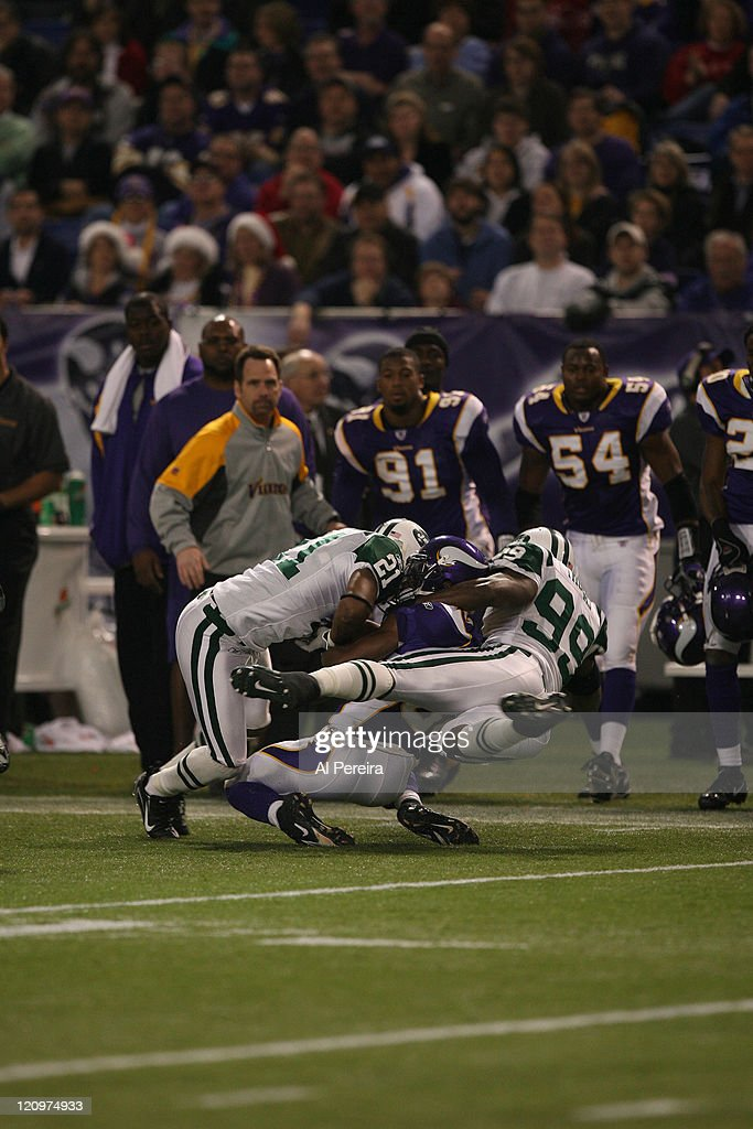 New York Jets DE/LB Bryan Thomas and CB Andre Dyson in action during the New York Jets 2613 victory over the Minnesota VIkings at the HHH Metrodome...