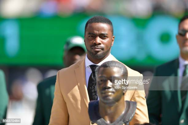 New York Jets Hall of Famer Curtis Martin during the Hall of Fame Ring of Excellence ceremony prior to the start of the Jacksonville Jaguars at New...