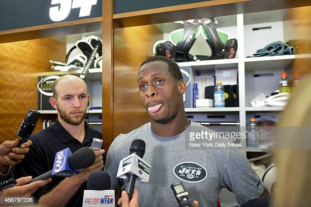 New York Jets quarterback Geno Smith speaks to reporters in locker room New York Jets Wednesday Practice Wednesday Oct 1 2014 in Florham Park