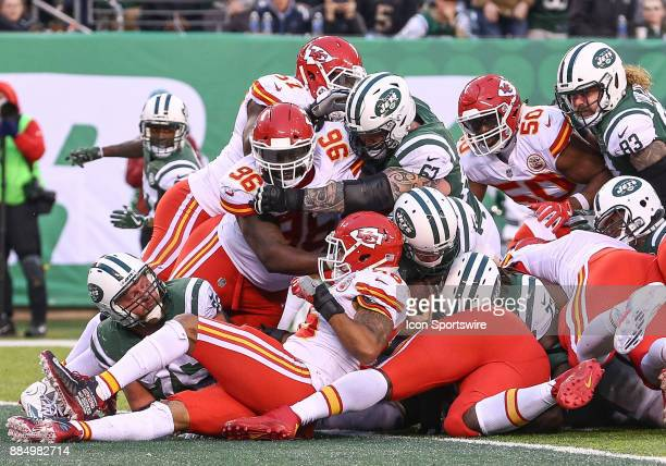 New York Jets quarterback Josh McCown rushes for a TwoPoint Conversion during the 4th quarter of the National Football League game between the Kansas...
