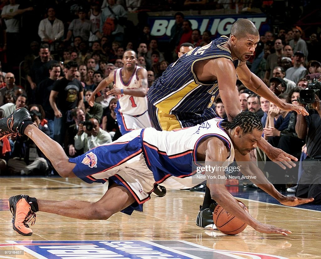 New York Knicks Latrell Sprewell bottom and Indiana Pacer