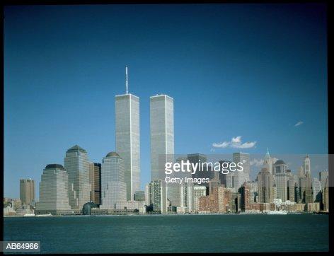 New york skyline twin towers