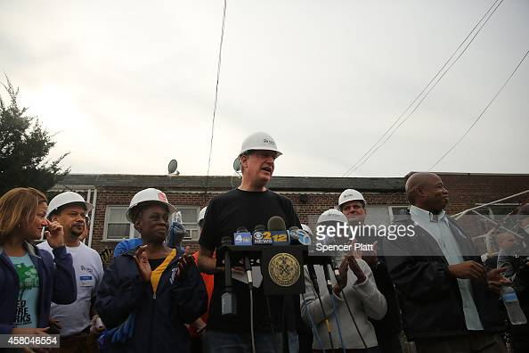 New York Mayor Bill de Blasio and his wife Chirlane McCray join other volunteers and local politicians at a Habitat for Humanity site in Coney Island...