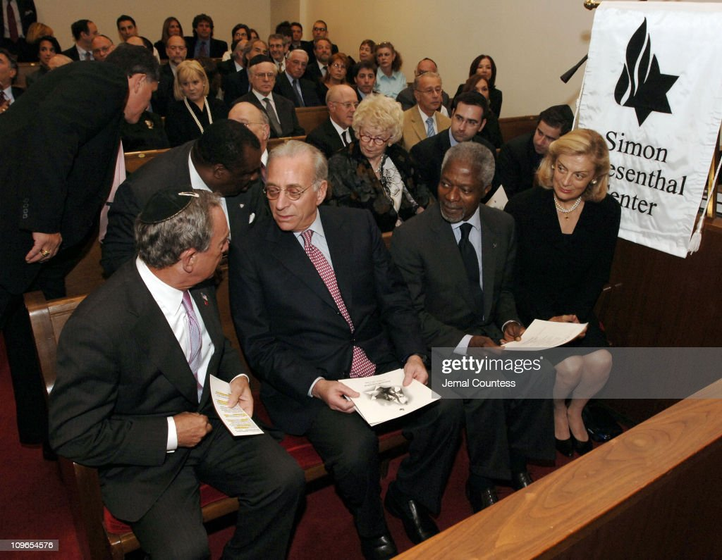 New York Mayor <a gi-track='captionPersonalityLinkClicked' href=/galleries/search?phrase=Michael+Bloomberg&family=editorial&specificpeople=171685 ng-click='$event.stopPropagation()'>Michael Bloomberg</a>, speaks with Un Secretary General Koffi Annan and wife <a gi-track='captionPersonalityLinkClicked' href=/galleries/search?phrase=Nane+Annan&family=editorial&specificpeople=220222 ng-click='$event.stopPropagation()'>Nane Annan</a> at the New York Memorial Service for <a gi-track='captionPersonalityLinkClicked' href=/galleries/search?phrase=Simon+Wiesenthal&family=editorial&specificpeople=3954474 ng-click='$event.stopPropagation()'>Simon Wiesenthal</a> on September 27, 2005 in New York City