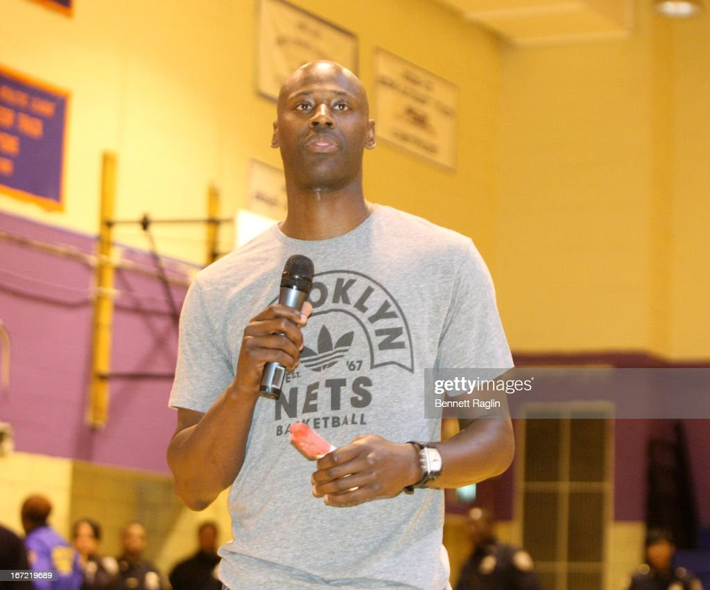 """Westin Hotels & Resorts, Justin Tuck, LaTroy Hawkins And Rocco DiSpirito Launch """"Make Monday Better"""" Campaign With Surprise Giveaway At A.C.E. High School In Canarsie, Brooklyn"""
