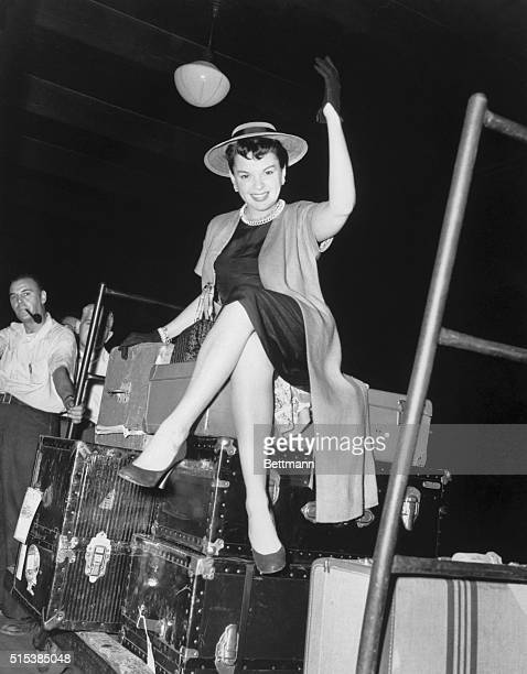 8/7/1954 New York NY Judy Garland in Pennsylvania Station after completing her last film 'A star is Born' BPA2# 5220