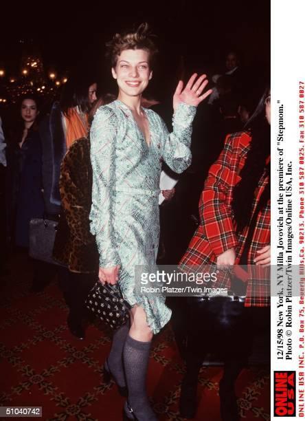 New York Ny Milla Jovovich At The Premiere Of 'Stepmom'