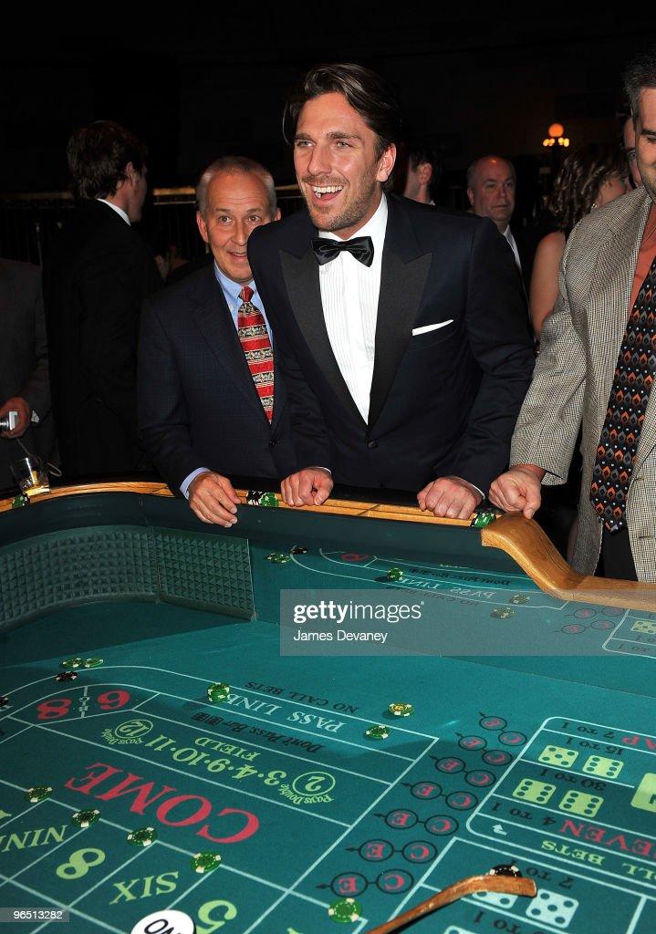 Host a casino night hard rock resort casino