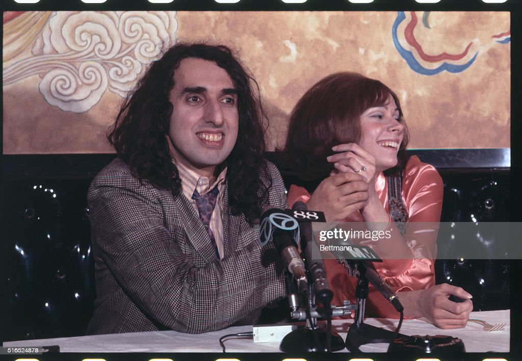 tiny tim rauschedertiny tim tiptoe through the tulips, tiny tim - living in the sunlight, tiny tim ракета, tiny tim living in the sunlight скачать, tiny tim rocket, tiny tim tip toe скачать, tiny tim биография, tiny tim астрал, tiny tim астрал скачать, tiny tim i'm so happy, tiny tim rauscheder, tiny tim туя, tiny tim песни, tiny tim fable, tiny tim height, tiny tim young, tiny tim oblivion, tiny tim -, tiny tim ukulele chords, tiny tim ukulele