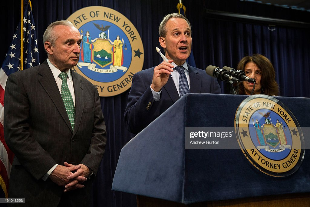 New York State Attorney General <a gi-track='captionPersonalityLinkClicked' href=/galleries/search?phrase=Eric+Schneiderman&family=editorial&specificpeople=3634560 ng-click='$event.stopPropagation()'>Eric Schneiderman</a> (C) and New York Police Commissioner Bill Bratton (L) speak at a press conference about a new community prevention program for heroin overdoses in which New York police officers will carry kits with Naloxone, an heroin antidote that can reverse the effects of an opioid overdose, on May 27, 2014 in New York City. The New York Police Department is being provided 19,500 kits for officers; the program will begin after officers receive training. The Naloxone is administered nasally.