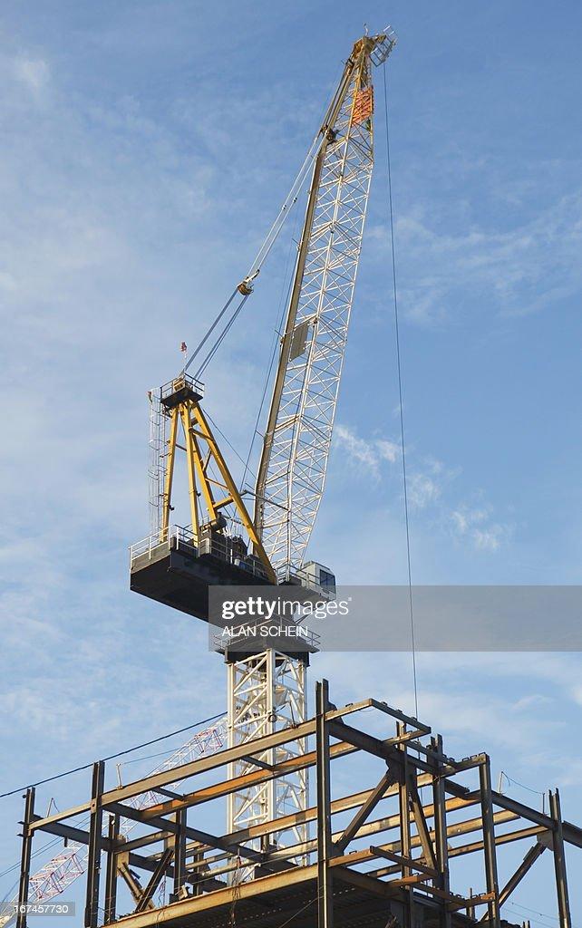 USA, New York State, New York City, Crane at construction site : Stock Photo