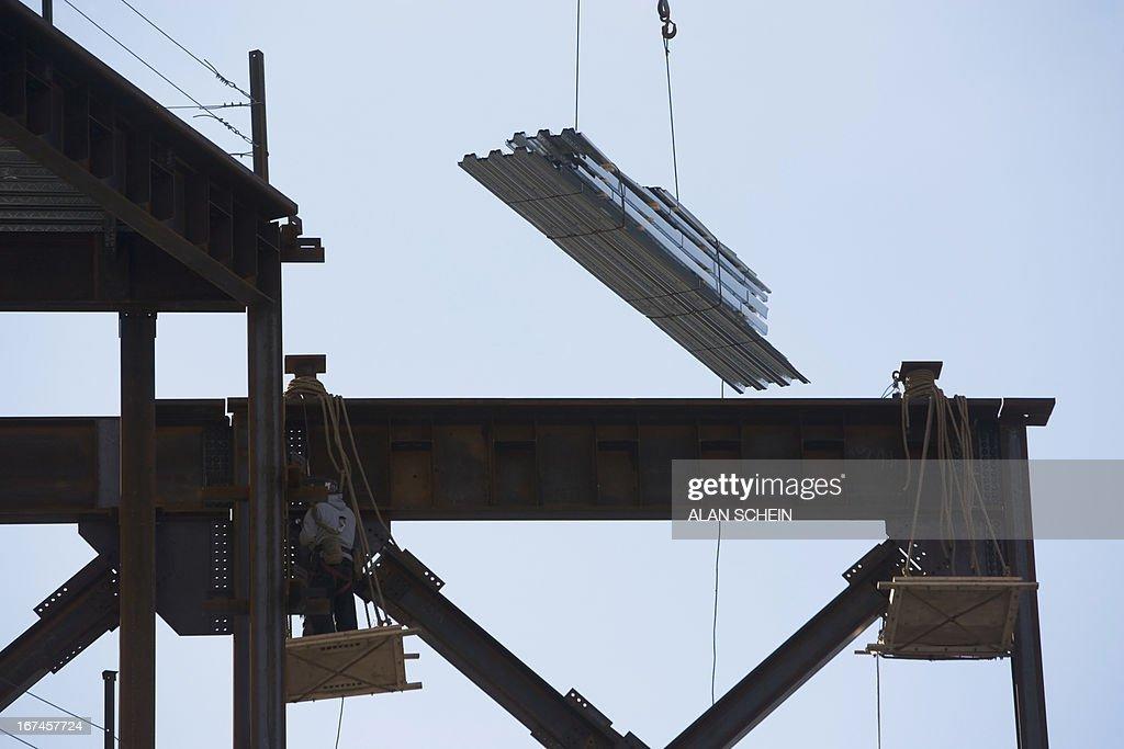 USA, New York State, New York City, Steel building framework : Stock Photo