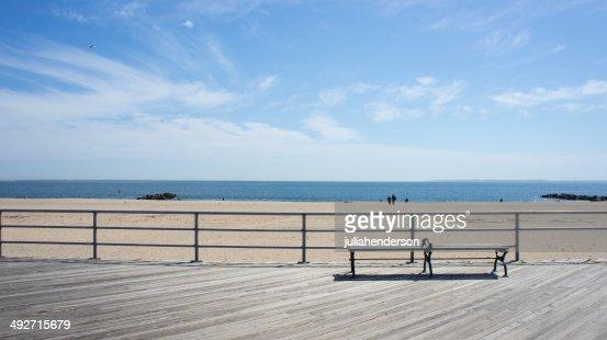 米国、ニューヨーク州ニューヨーク市のブレアズヴィルビーチの眺め
