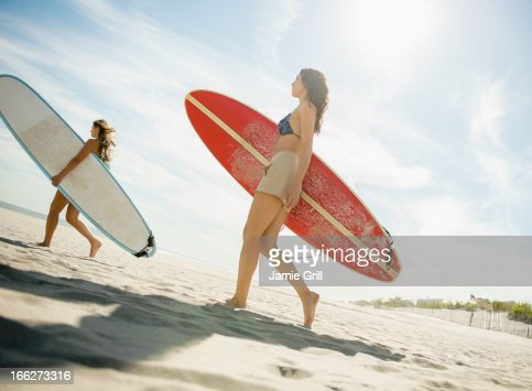 york beach women Spoil yourself with roxy's surf, snowboard, fitness & lifestyle collection shop online & stay tuned to roxy's events & news follow our pro team free shipping.