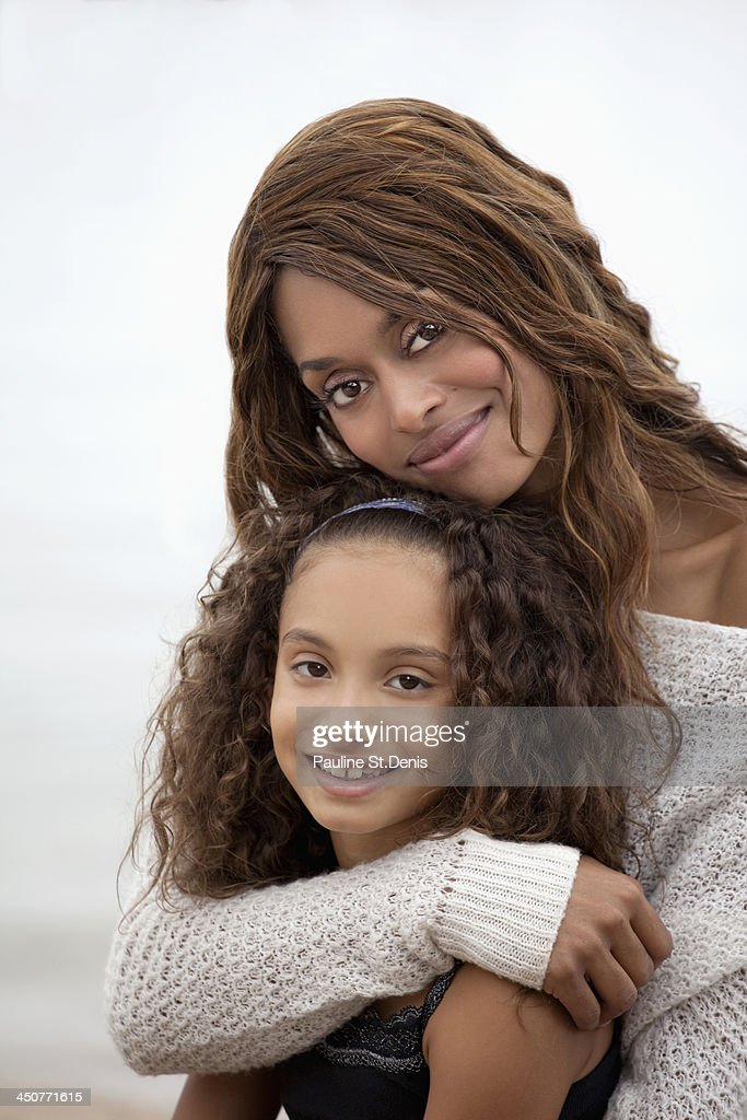 USA, New York State, Woman and her daughter (8-9) on Sea Cliff : Stock Photo