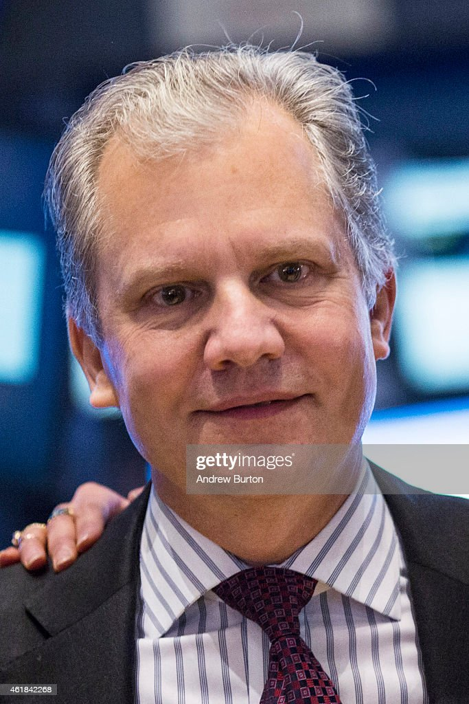 New York Times Chairman and Publisher Arthur Sulzberger Jr visits the floor of the New York Stock Exchange during the afternoon of January 20 2015 in...