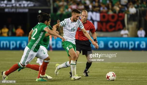 New York United States 1 June 2017 Conor Hourihane of Republic of Ireland in action against Jorge Hernandez of Mexico during the International...