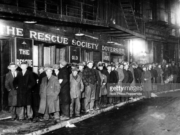 New York USA New Yorkers celebrated Christmas in 1931 with a citywide solicitude for those touched by misfortune during the year The Municipal...